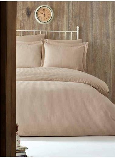 Soley Çift Kişilik Çizgili Saten Nevresim Takımı Elegante Yastık Hediyeli Bej
